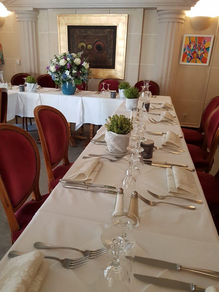 Restaurant groupe Montmartre Les Ambassades, salles de réception Paris 18e